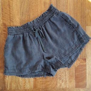 Cloth & Stone Drawstring Shorts Raw Hem M